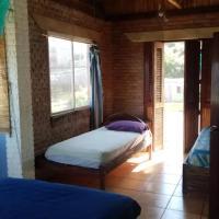 "Hostal ""Ballena Azul"" 15km 15 min near to Montañita, hotel em Manglaralto"
