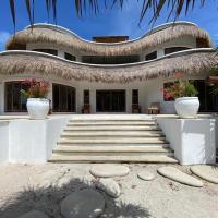 Gorgeous Eco Villa in Costa Maya - Mahahual, hotel in Mahahual