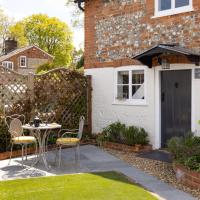 The Lavender Folly - Cosy Accommodation Alresford, hotel in New Alresford