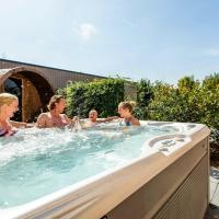 LV Villa Superior 10 persons Wellness, hotel in Lichtenvoorde