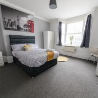 Central Bedford Contractor Apartment free wifi