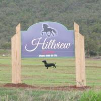 Hillview, a quiet country escape with views., hotel em Yangan