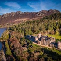 Duncraig Castle Bed and Breakfast, hotel in Plockton