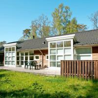 Holiday Home Skovkanten, hotel in Hasle