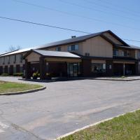 AmeriVu Inn and Suites Shawano WI, hotel in Shawano