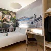 مبيت وإفطار فندق كومو، فندق في كومو