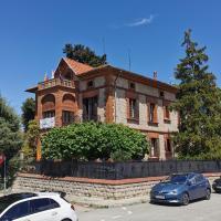 Villa Cristina, hotel in Centellas