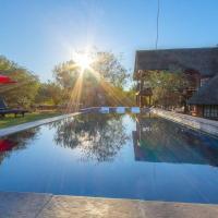Imbube Safari Lodge, hotel in Marloth Park