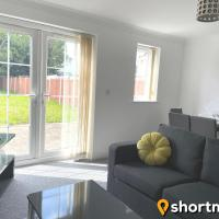 SHORTMOVE - Contractors, 3 bed, Kitchen, Wifi, Garden