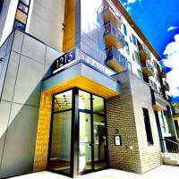 Brand New, Top Floor Condo Downtown