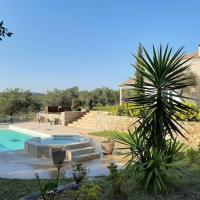 Très belle villa piscine jacuzzi grande propriété