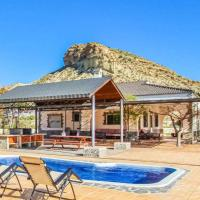 Villa Ismael