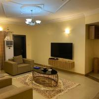 Clinton Court Apartment, hotel in Abuja