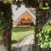 The White Dove Bed and Breakfast and The Garden Bell Tent with Private Hot Tub