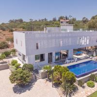 Chloe Luxury Villa