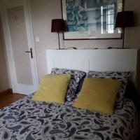 Chambre dans jolie demeure, hôtel à Gouesnou près de: Aéroport Brest Bretagne - BES