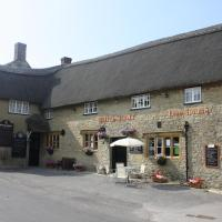 Apartment in grounds of picturesque thatched Pub
