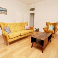 2 Bed in Historical Oxford Building w/ Parking