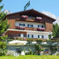 Hotel Villa Gaia, hotel in Cortina d'Ampezzo