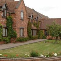 The Pear Tree Inn & Country Hotel, hotel in Worcester