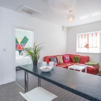 Pass the Keys Modern & Light 2 bedroom apartment in Canton