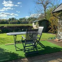Spacious with spectacular views and private garden