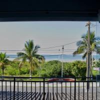 Apto Frente para o Mar, hotel em Pontal do Paraná