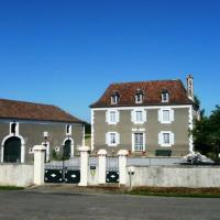 Gîte Monget, 6 pièces, 10 personnes - FR-1-360-68, hôtel à Monget