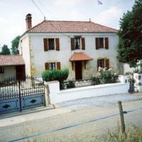 Gîte Monget, 4 pièces, 6 personnes - FR-1-360-177, hôtel à Monget