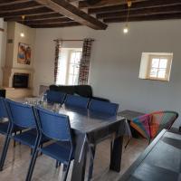 Gîte Château-Gontier-sur-Mayenne, 4 pièces, 6 personnes - FR-1-600-84, hotel in Azé