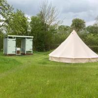 Glamping at The Homestead - Ensuite bell tent