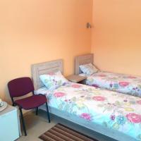 Trumpalaikė kambarių nuoma - Neveronys SAURIDA, hotel near Kaunas Airport - KUN, Neveronys
