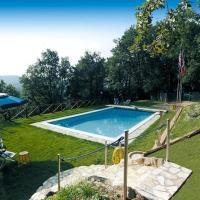 Cerasomma Villa Sleeps 4 Pool WiFi, hotell i Cerasomma