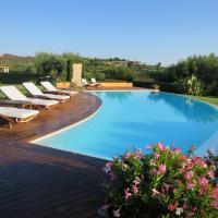 Marina de lu imposta Villa Sleeps 8 Pool Air Con