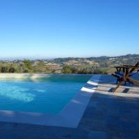 Penna San Giovanni Villa Sleeps 8 Pool WiFi