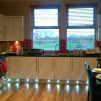 luxurious apartment close to city centre with free secure parking