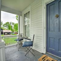 Romantic Apt Near Wineries, Golf and Lake Erie!