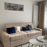 Superbe studio avec balcon, hotel in Ambilly