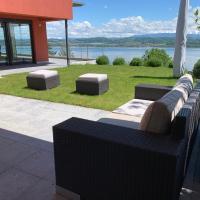 Villa au bord du lac de Morat avec vue imprenable