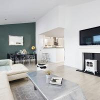 Penthouse Apartment, Sheffield City with Parking