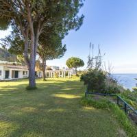 Villa Beach, hotell i Ischia