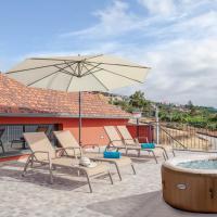 Casa Sol - By MHM, hotel near Cristiano Ronaldo Madeira International Airport - FNC, Santa Cruz