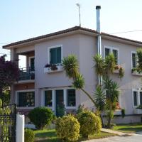 Rena's House, hotel near Araxos Airport - GPA, Kalogria