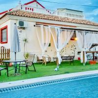 Stunning home in Murcia with Outdoor swimming pool, WiFi and 5 Bedrooms, hotel in Murcia