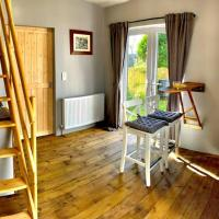 The Loft @ The Lane - our place for you., hotel a Castlerock
