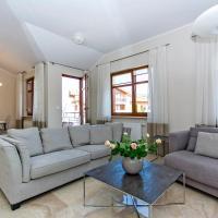 Pink Neptun Park Rentyear Apartments