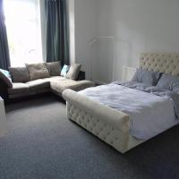 Polygon 2 Bed Apartment