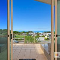 EXCLUSIVE OCEAN VIEW PENTHOUSE ON MARINE PARADE, hotel em Kingscliff
