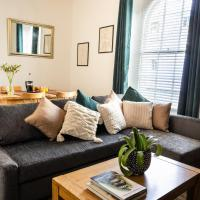 Habita Property Central Plymouth Apartment - Private Parking