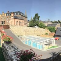 Beautiful Normandy Central City House for 8 with Private Heated Swim-pool -Maison entière jusqu'a 8 couchages avec piscine privée chauffée